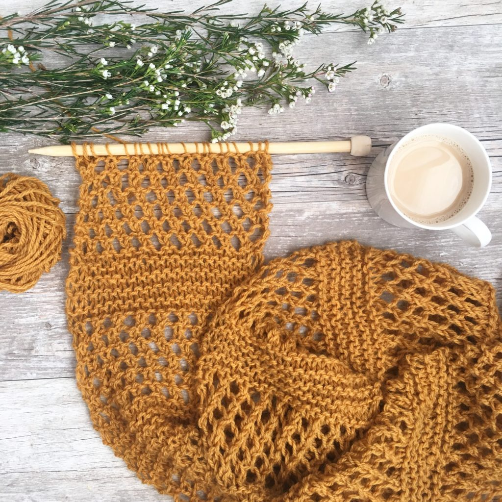 Honeycombs Summer Easy Scarf Knitting Pattern Mama In A Stitch