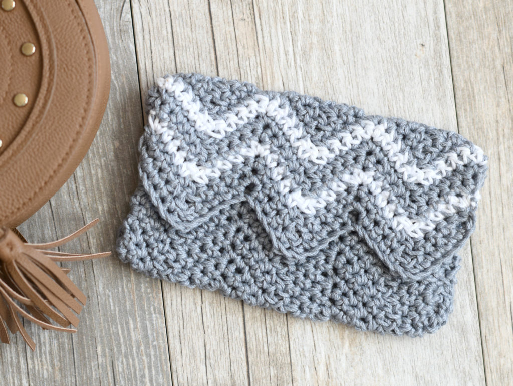 Lil' Mountains Purse Pouch Crochet Pattern
