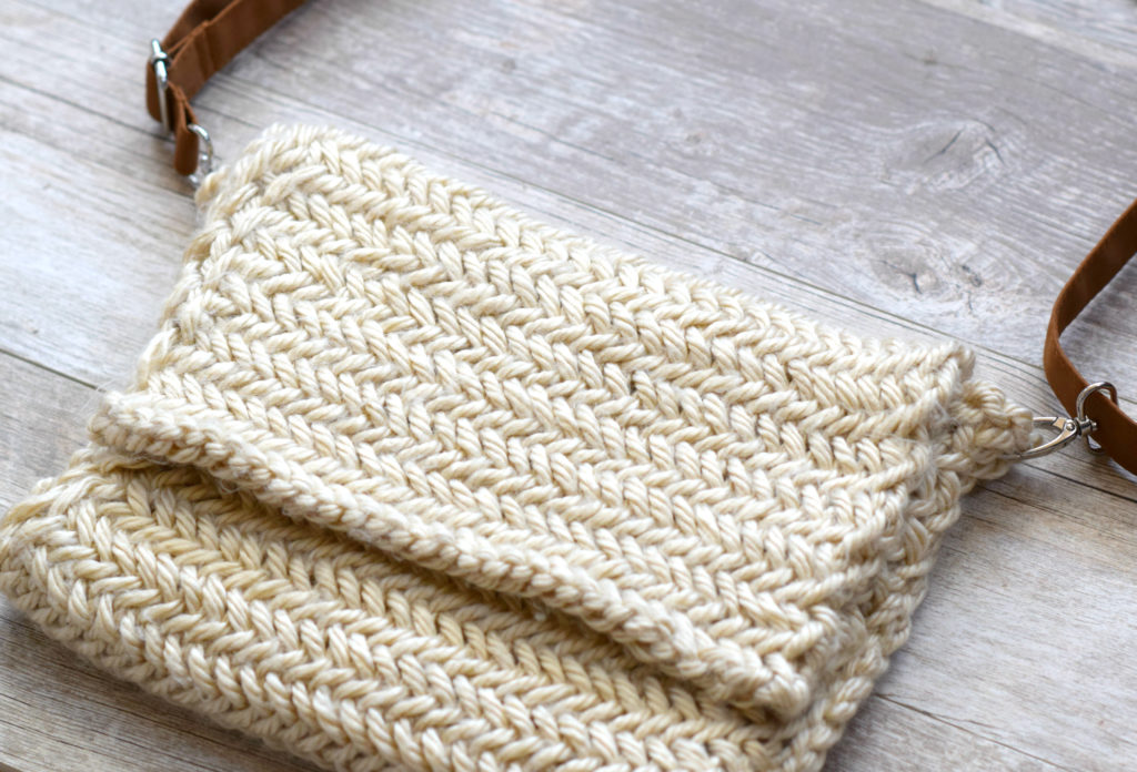 Herringbone Bag Knitting Pattern - Mama In A Stitch