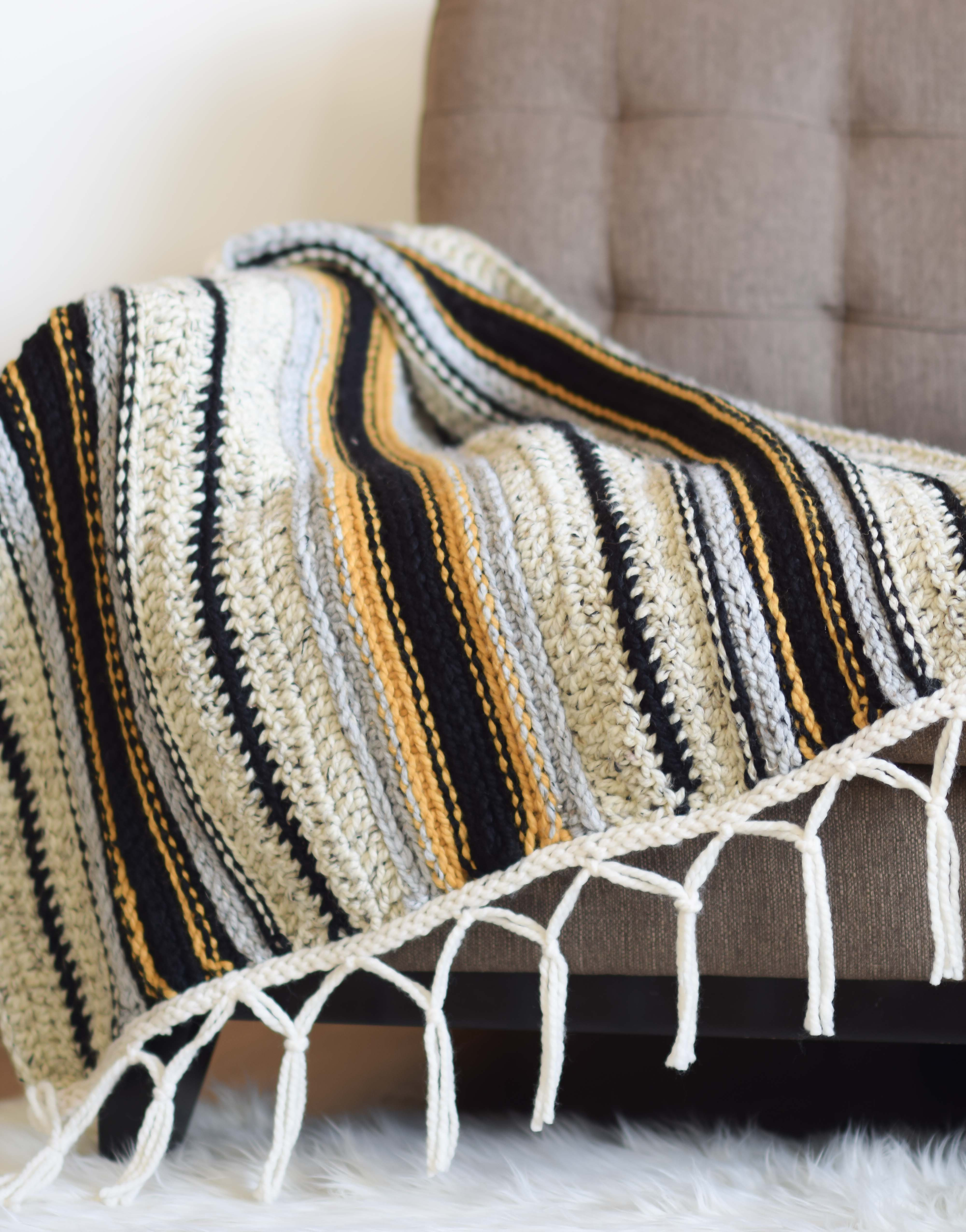 Ravelry: The Mexican Inspired Blanket pattern by The Loopy ... |Mexican Blanket Pattern