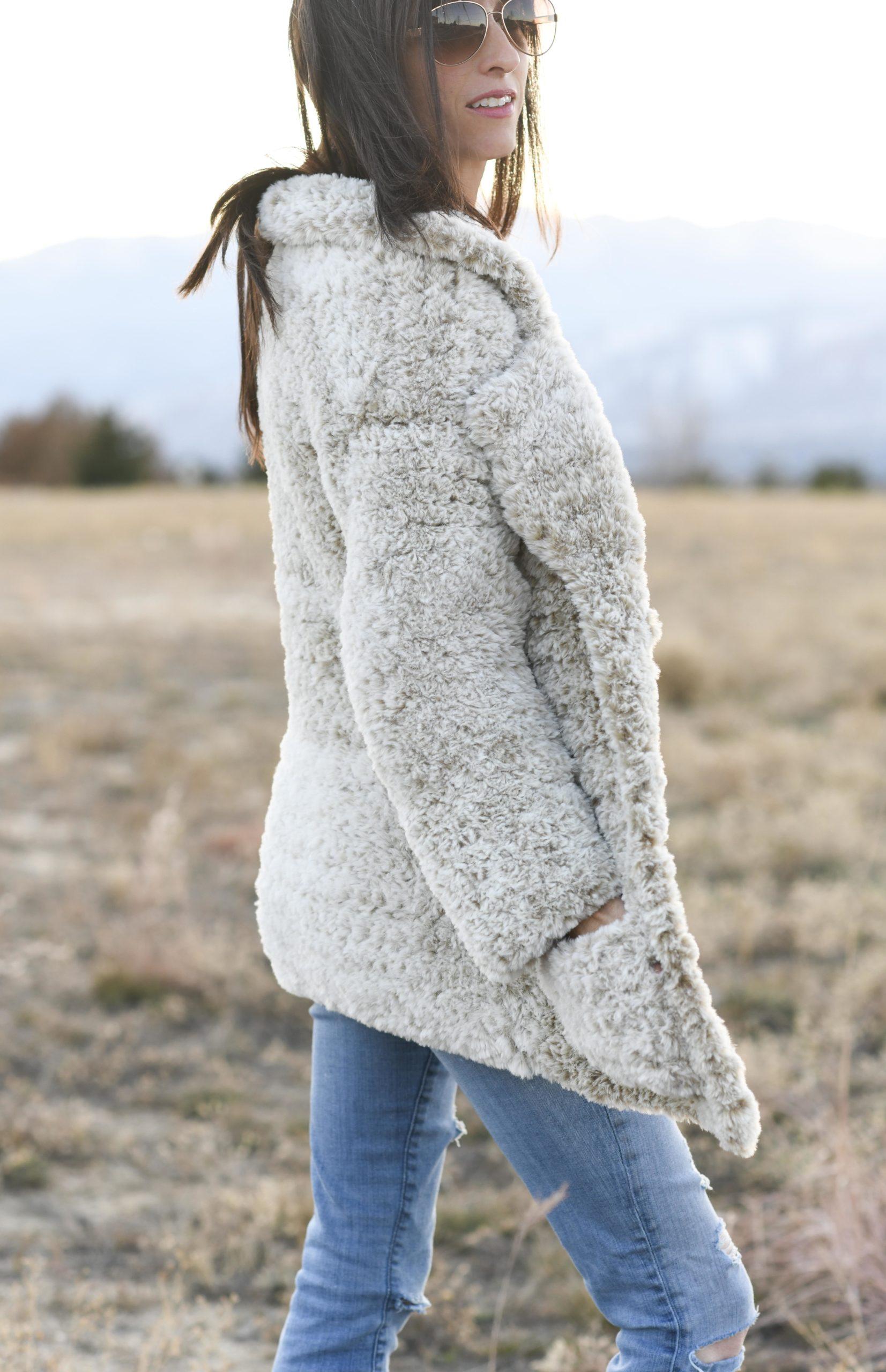 Free Crochet Pattern for an Amigurumi Teddy Bear in a Sweater ... | 2560x1653